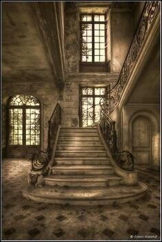 .Makes me think of the house from Great Expectations