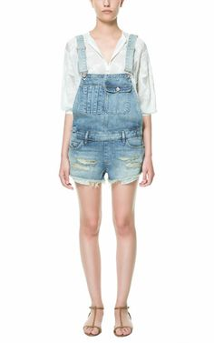 VINTAGE DENIM JUMPER SHORTS - TRF - New this week - ZARA United States Denim Jumper Shorts, Denim Jumpsuit, Jeans, Fashion 101, Fashion Details, Fashion Outfits, Zara, Denim Vintage, Denim Shop