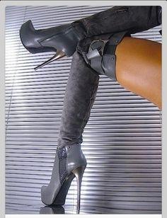 Sexy boots..very nice x