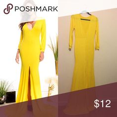 🌼long sleeve maxi body fitted dress🌼 Gorgeous maxi (slight see Thur) very flowy & pretty! Fabric is very stretchy 🌻 Dresses Maxi