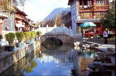 Yunnan, Lijiang , square Cina