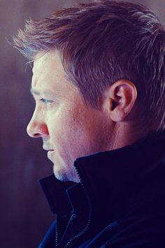 Jeremy Renner (Hawkeye).