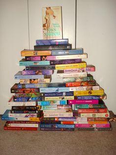 Romance-novel Christmas tree. An early effort. Not bad.