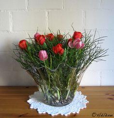 Seasonal Decor, Planting Flowers, Floral Arrangements, Crates, Glass Vase, Centerpieces, Bouquet, Seasons, Biscotti Cookies