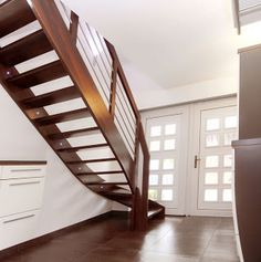 pin von auf treppen des jahres 2015 pinterest treppe holz und stiegen. Black Bedroom Furniture Sets. Home Design Ideas