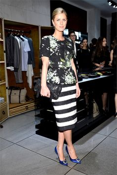 27 Looks with Hangisi Manolo Blahnik. Glamsugar.com Nicky Hilton