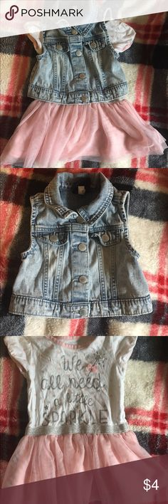 Adorable size 2T outfit Size 2T outfit the dress is from children's place and the jean best is from osh Kosh. Bundle with my other kids clothes to save money! Osh Kosh Dresses Casual