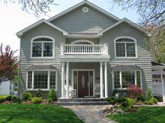 house design I like. gorgeous windows.