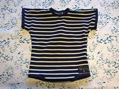 Le Body Manches Courtes ♥ (photo 1mois)  Modèle à 20€. Disponible aussi en rayé taupe et blanc.