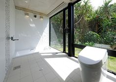 "LSD design co., ltd.""Renovation Re.015""_2012_renovating_Okinawa, Japan_interior design_hotel_room_guestroom_room design_tile_cottagea_ holiday homes_toilet"