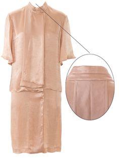 Details aus burda style 5/2015, Kleid 119 Rückenfalte