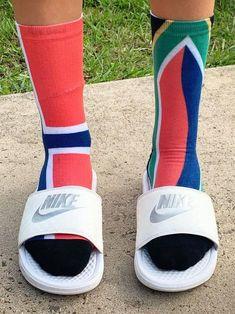 Slide Sandals, Espadrilles, Socks, Sneakers, Fashion, Sandals, Espadrilles Outfit, Tennis, Moda
