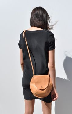 compact strap purse