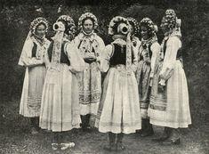Region of Lubuskie, western Poland. Folk Costume, Costumes, Polish Folk Art, People Around The World, Folklore, Painting Inspiration, Old Photos, Westerns, Culture