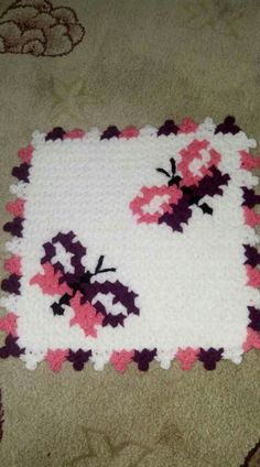 This Pin was discovered by Eli Teapot Cover, Yarn Shop, Crochet Squares, Easy Crochet Patterns, Vintage Patterns, Shag Rug, Tatting, Diy And Crafts, Knit Crochet