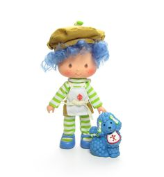 Crepe Suzette Strawberry Shortcake doll with Eclair poodle pet