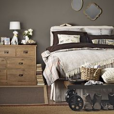 Cosy bedroom in deep chocolate tones | Instant design ideas for warm and cosy bedrooms | Room Idea | PHOTO GALLERY | Ideal Home | Housetohome.co.uk