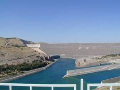 Ataturk dam 1-GAP - Güneydoğu Anadolu Projesi - Vikipedi-6 kasım 1989 - Güneydoğu Anadolu Projesi Bölge Kalkınma İdaresi Başkanlığı GAP kuruldu.