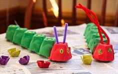 The Very Hungry Caterpillar Egg Carton Craft--perfect for our Eric Carle week at. - The Very Hungry Caterpillar Egg Carton Craft–perfect for our Eric Carle week at homeschool. Kids Crafts, Toddler Crafts, Preschool Crafts, Toddler Activities, Projects For Kids, Diy For Kids, Easy Crafts, Family Crafts, Funny Crafts For Kids