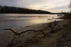 10. Kansas River (KS) Threat: Sand and gravel dredging At stake: Public health and wildlife habitat