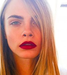 Cara brows: her makeup artist reveals the secrets of well-groomed eyebrows