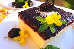 Harika Karadut Soslu İrmik Tatlısı (Lokum Kıvamında Nefis) Tarifi Food Cakes, Cake Recipes, Cheesecake, Tart, Pudding, Desserts, Cooking, Cakes, Tailgate Desserts