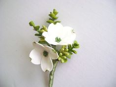 White Dogwood Boutonniere - Wedding Boutonniere. Groomsmen Flower. Made -to- Order