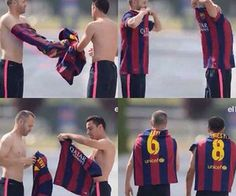 Rabona – football memes and gifs in your smartphone Fc Barcelona, Barcelona Football, Xavi Hernandez, Xavi Iniesta, Funny Football Memes, Milan, Chelsea, Best Football Team, Best Club