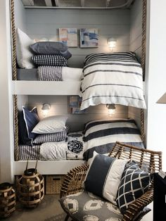 If beach bedroom design is mentioned, surely the first thing that will come to mind is beach water with sea shells and star fish painted across the walls. Boat Decor, Bunk Rooms, Beach Cottage Decor, Cottage Ideas, Coastal Decor, Beach Cottages, Tiny Cottages, Bedroom Decor, Girls Bedroom