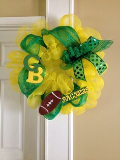 My Green Bay Packers wreath I made for a customer. #lovemystyleboutique order yours today at www.lovemystyleboutique@gmail.com