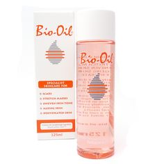 The Bio-Oil's unique formulation combines some of the most important skincare ingredients; these include Vitamin A and E with Calendula Oil, Lavender Oil, Rosemary Oil, Chamomile Oil & Purcellin Oil. Bio Oil Before And After, Bio Oil Pregnancy, Bio Oil Uses, Tienda Natural, Bio Oil Scars, Bio Oil Stretch Marks, Skin Care Routine 30s, Skincare Routine, Acne Oil