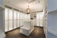 Walk in closet - 10308 Woodbridge Street | MLS #SR16200471 | Zillow