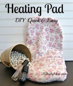HOW TO MAKE AN AROMATHERAPY HEATING PAD ~ DIY QUICK AND EASY