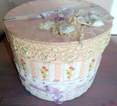 Boîte ronde rose, urne ronde romantique,boîte mariage ronde,urne mariage rose, boîte dragées,urne baptême,urne communion : Boîtes, coffrets par crealicelie