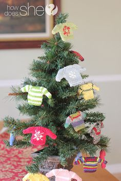 Adorable sweater ornaments! Tutorial included!