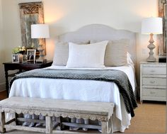 use of two different bedside tables