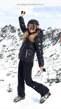 4d9099e4ba78 ski clothes moncler - Google Search   My Style   Jackets, Fashion ...