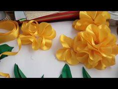 Bom Dia - Encomenda de Última hora Ribbon Garland, Ribbon Art, Diy Ribbon, Ribbon Crafts, Fabric Ribbon, Flower Crafts, Satin Flowers, Felt Flowers, Diy Flowers