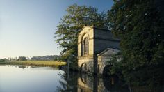 The Adam fishing house by the lake with Kedleston Hall in the distance © NTPL/Andrew Haslam