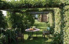 Um jardim para cuidar: Inspirem-se com o jardim do Sting na Toscânia !