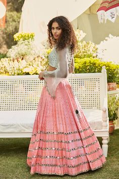 Our Favourite Shahpur Jat Boutique - Abhinav Mishra - 2018 Collection Lehenga Top, Pink Lehenga, Bridal Lehenga, Indian Wedding Outfits, Pakistani Outfits, Indian Outfits, Crop Top With Sleeves, Mirror Work Lehenga, Peach Skirt