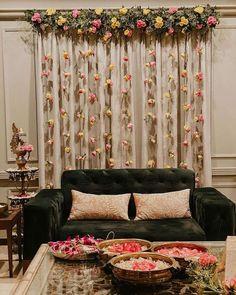 Desi Wedding Decor, Diy Wedding Backdrop, Wedding Stage Decorations, Backdrop Decorations, Diwali Decorations, Indian Wedding Receptions, Engagement Decorations, Backdrops, Mehendi Decor Ideas