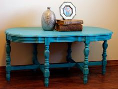Turquoise chalky painted distressed vintage table      http://www.restorationredoux.com/?p=20