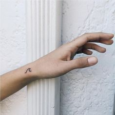 40 Stylish Small Tattoos You'll Want to Flaunt Every Day 22