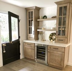 7 Jaw-Dropping Useful Ideas: Condo Kitchen Remodel Laundry Rooms cheap kitchen remodel tutorials.Small Kitchen Remodel With Table inexpensive kitchen remodel contact paper. Kitchen Redo, Home Decor Kitchen, Home Kitchens, Kitchen Remodel, Kitchen Design, Kitchen Cabinets, Kitchen Ideas, Kitchen Cupboard, Kitchen Counters