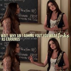 "Pretty Little Liars Ella Montgomery quote ""Wait, why am I asking you? You wear forks as earrings. Pretty Little Liars Quotes, Pretty Litte Liars, Holly Marie Combs, Tyler Blackburn, Spencer Hastings, Aria Montgomery, Best Series, Best Shows Ever, Best Tv"