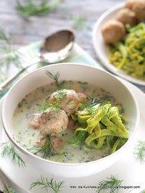 zupa-koperkowa-z-zielonymi-kluskami-i-pupetami Eat To Live, Cheeseburger Chowder, Potato Salad, Food And Drink, Health Fitness, Cooking Recipes, Tasty, Meat, Chicken