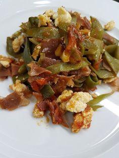 Cocina Basica y Fresca: JUDÍAS SALTEADAS CON JAMÓN Y TOMATE CBF@ Kung Pao Chicken, Vegetable Recipes, Potato Salad, Food And Drink, Menu, Vegan, Vegetables, Healthy, Ethnic Recipes
