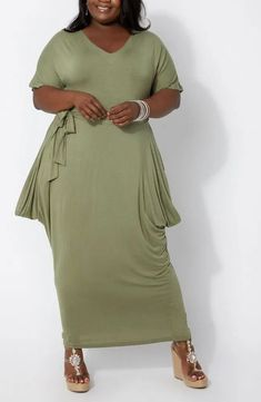 Plus Size Olive Green Knit Short Sleeve Maxi Dress Women's. Plus Size Green V-Neck Short Sleeve Maxi Dress With Sleeves. Love this olive green draped plus size maxi dress with pockets.     #PlusSizeDresses #getthelook #PlusSize #PlusSizeFashion  #PlusSizeStyle #CurvyGirl #plussizedivas #boldcurvyfashionista #curvy  #curvyfashionista #Fashion #Style Plus Size Maxi Dresses, Nice Dresses, Amazing Dresses, Black And Green Dress, Knit Shorts, Maxi Dress With Sleeves, Plus Size Women, Olive Green, Plus Size Fashion