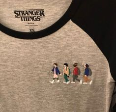 Stranger Things Baseball T Grunge Tattoo, Things I Want, Good Things, Stranger Things Netflix, Stranger Things T Shirt, Mode Inspiration, Ideias Fashion, Fangirl, Sweatshirts
